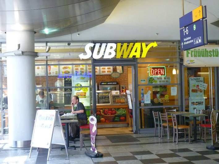 Subway - Bahnhof Spandau