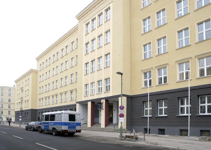 Polizeiabschnitt 51 in der Wedekindstraße in Berlin-Friedrichshain