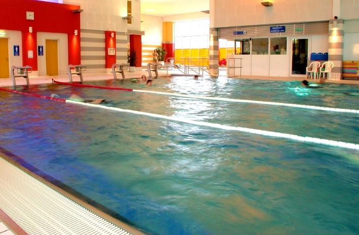 Schwimmhalle Ernst-Thälmann-Park