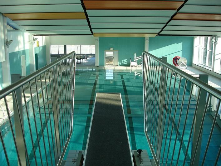 Schwimmhalle Hüttenweg