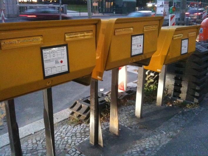Briefkästen am Theodor-Heuss-Platz