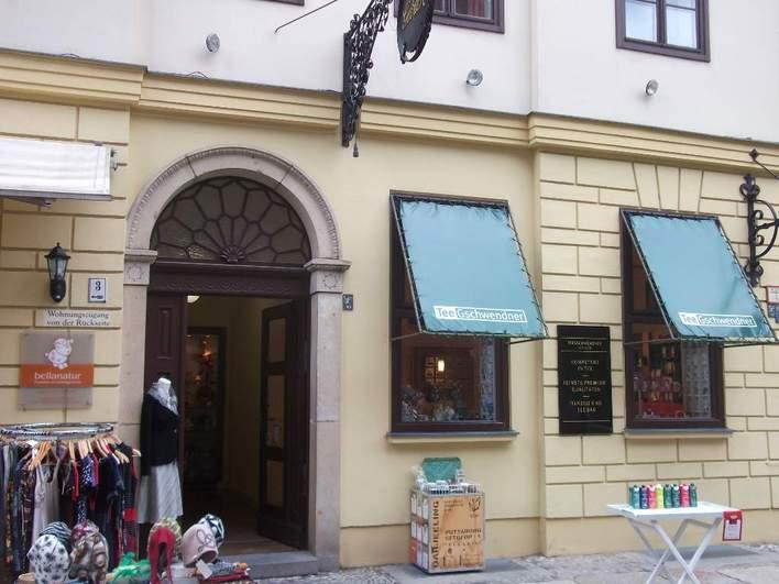 Tee Gschwendner in der Propststraße