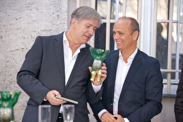 Klaus Wowereit mit Vorstand Dirk Germandi