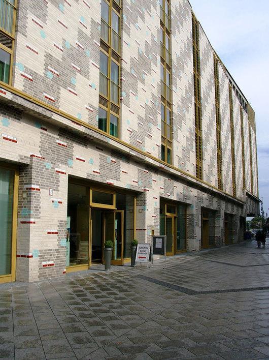 Eventpassage und Yva-Bogen in Berlin
