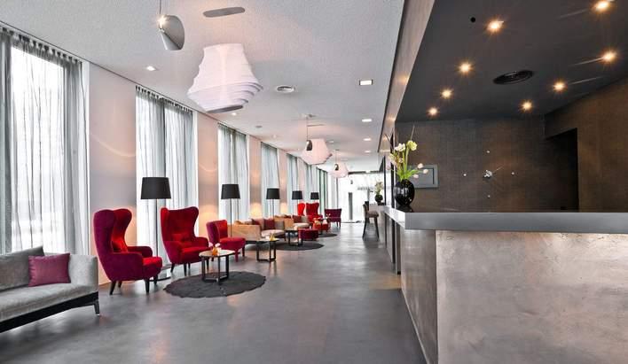 Lobby des COSMOS Hotels