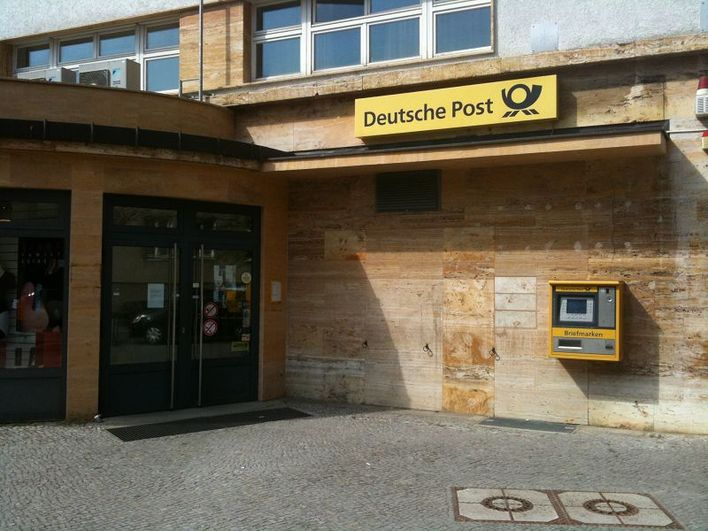 deutsche post postfiliale r sternallee versand in berlin westend kauperts. Black Bedroom Furniture Sets. Home Design Ideas