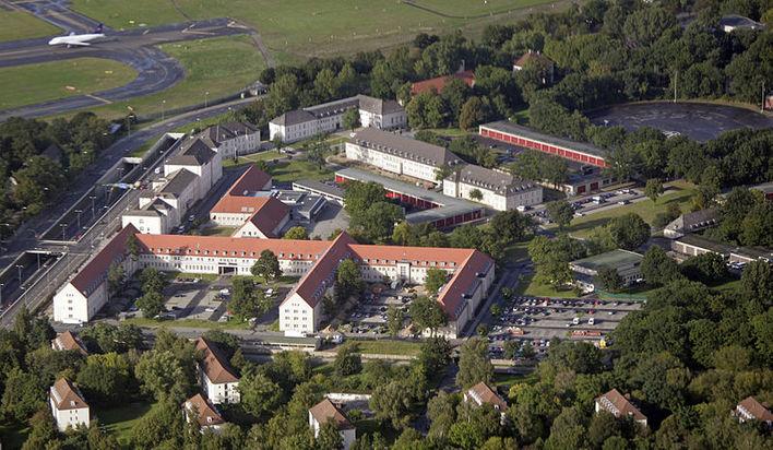 Julius-Leber-Kaserne in Berlin aus der Vogelperspektive