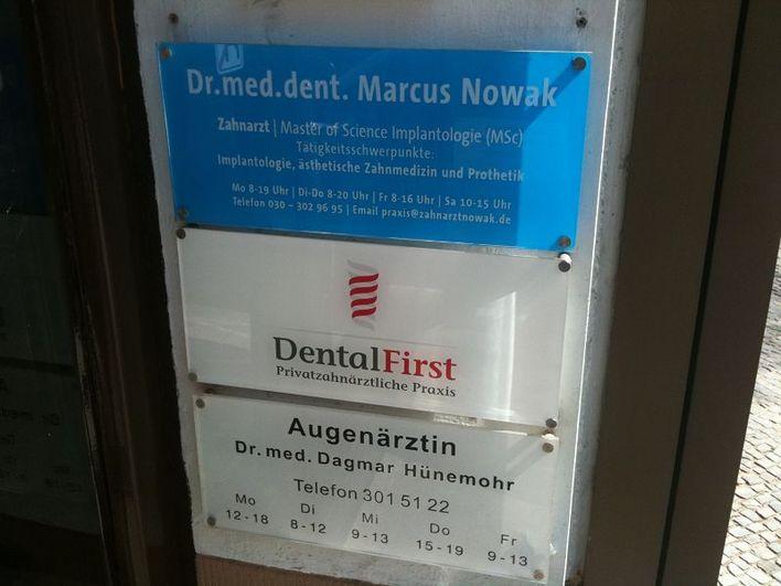 Praxisschild Dr.med.dent Marcus Nowak