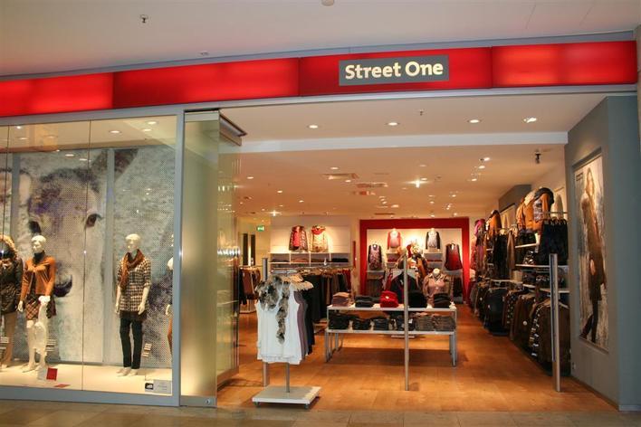 Tomorrow XIII Street One Store - Schönhauser Allee Arcaden