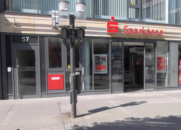 berliner sparkasse wilmersdorfer stra e bank in berlin charlottenburg kauperts. Black Bedroom Furniture Sets. Home Design Ideas