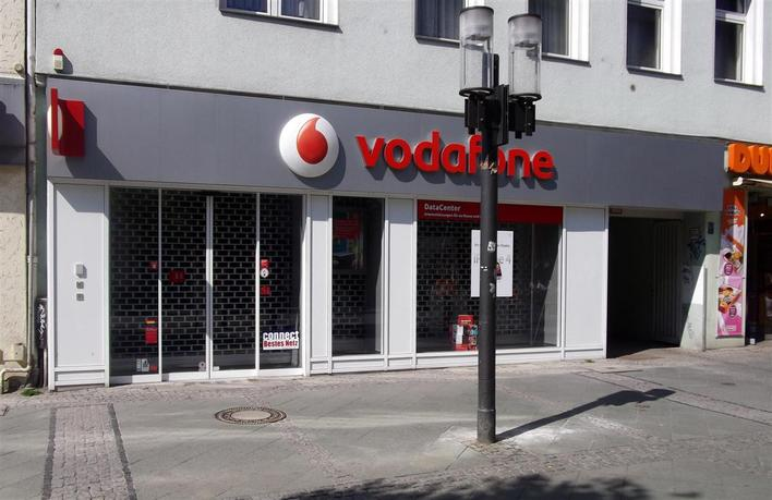 vodafone datacenter wilmersdorfer stra e internet telefon in berlin charlottenburg kauperts. Black Bedroom Furniture Sets. Home Design Ideas