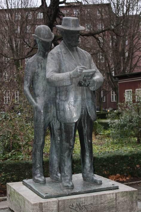 Zille Statue am Märkischen Museum