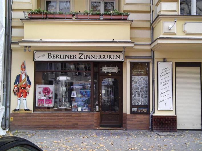 Berliner Zinnfiguren & Preußisches Bücherkabinett