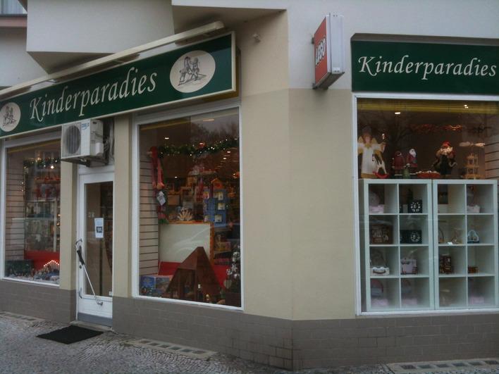 Kinderparadies spielzeug in berlin westend kauperts