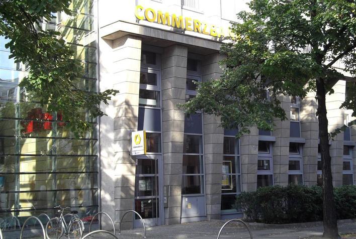 Commerzbank AG - Uhlandstraße