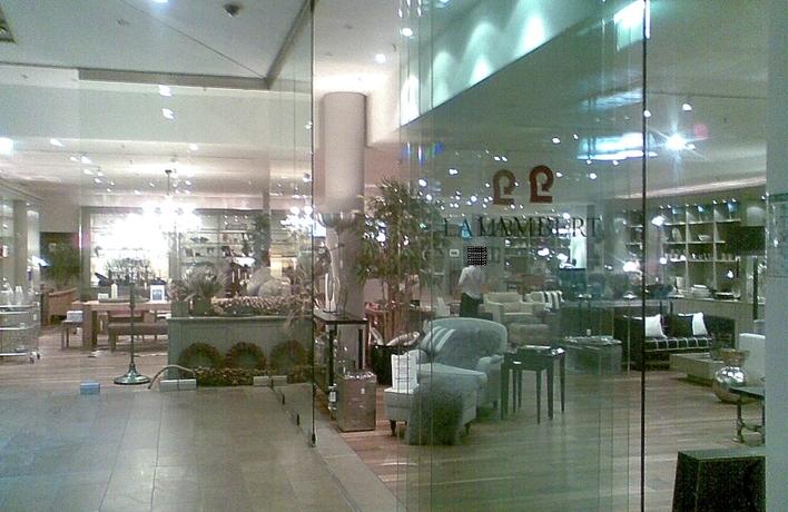 Lambert Flagship Store im stilwerk