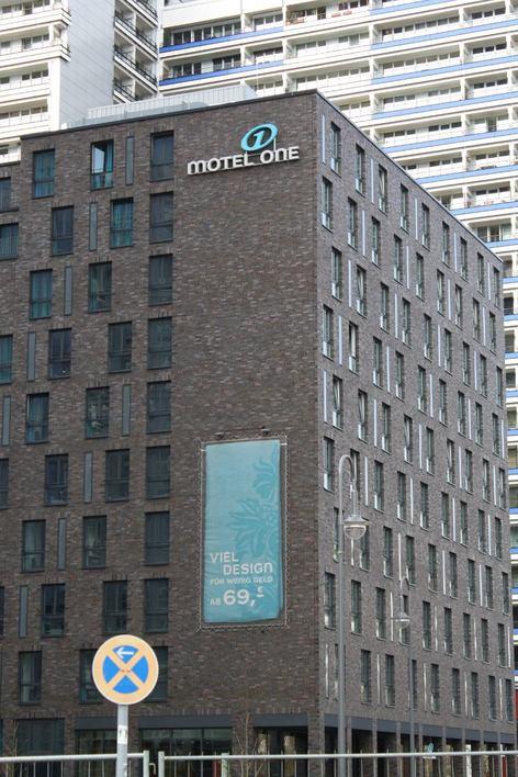 Motel One - Leipziger Straße