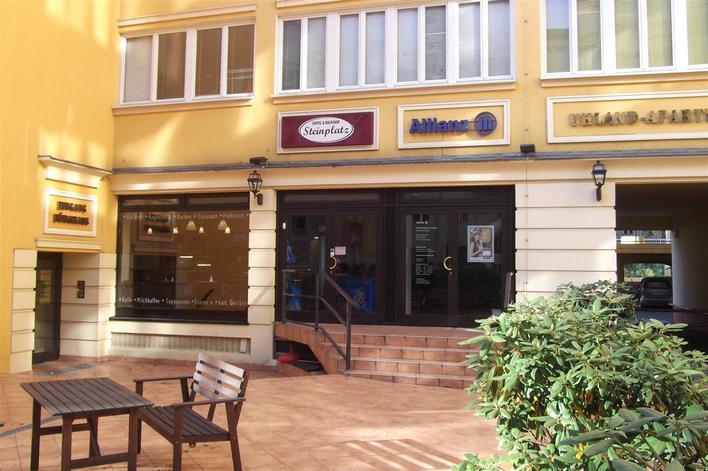 Coffee & Backshop Steinplatz
