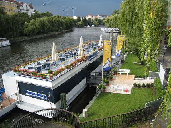 Café und Restaurantschiff Spreeblick
