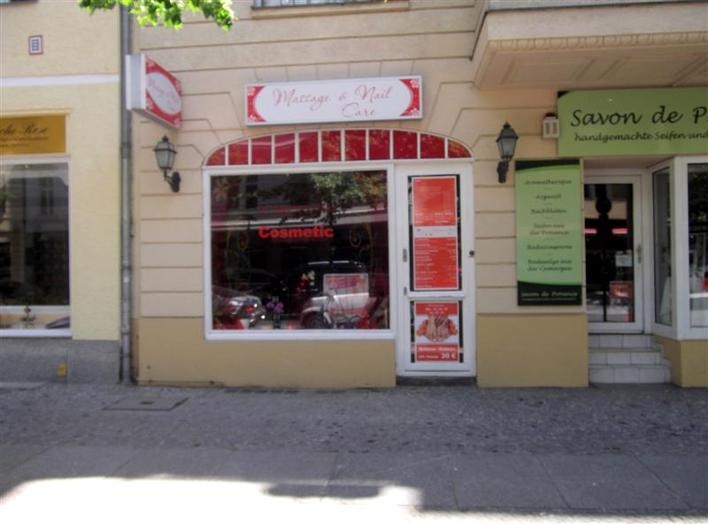 Cosmetic & Nail Care