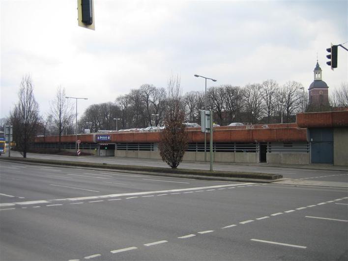 Parkhaus Altstädter Ring