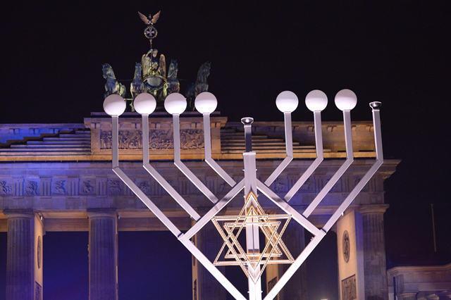 Chanukka am Brandenburger Tor