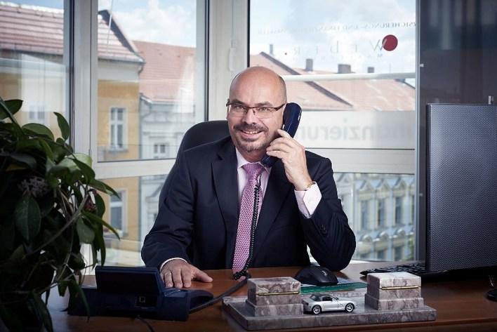 Versicherungsmakler Uwe Weber
