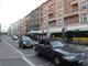 Tram-Haltestelle Eberswalder Straße mit Blickrichtung Bernauer Straße